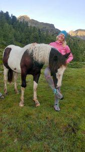 Julia mit Pferd